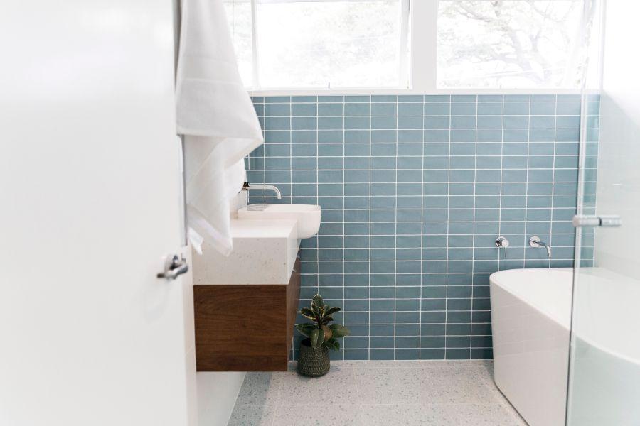 Chrome tapware in a Mid Century modern bathroom by Bella Vie Interiors