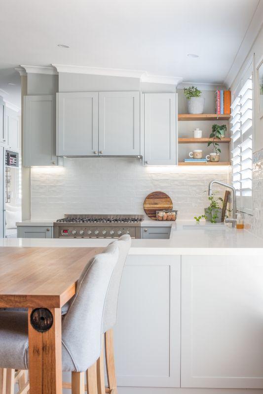 hamptons kitchen white kitchen queensland timber cabinetry gas hob modern farmhouse shutters modern kitchen