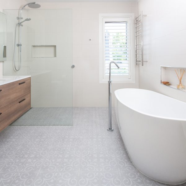 Large Bathroom Renovation - Bella Vie Interiors-min